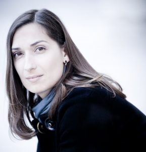Ariane Matiakh Photo: Marco Borggreve